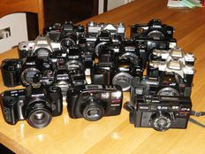 Lot consisting of 18 camera bodies in good condition, to be tested