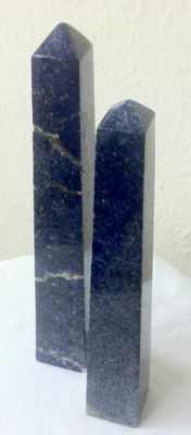 Lapis Lazuli - carved and polished obelisks - 21 and 20cm - 875gm  (2)
