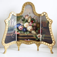 Room divider / Fireplace screen with colourful floral presentation