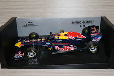 Minichamps - Scale 1/18 - Red Bull Racing RB7 2011 - M. Webber