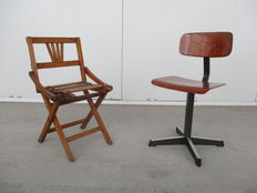 Brevetti Reguitti foldable high chair for children and Pagholz children's school chair, 1950s Italy / 1970s the Netherlands.