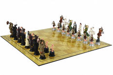 Chess set with chess of the characters in the Lord of the rings by Tolkien