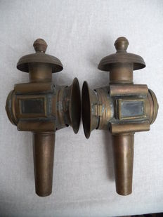 Two copper carriage lamps, 20th century
