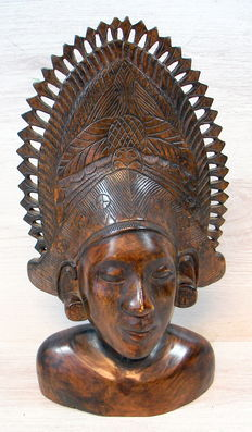 Hand-carved bust - Bali - Indonesia