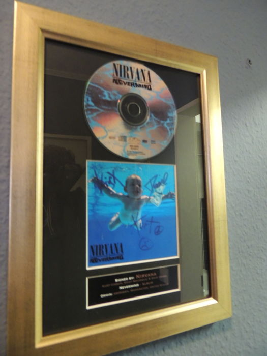 Nirvana  - Nevermind  - Signed Autograph (printed) Cd & Cover