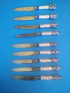 Rheingold - Porcelain and brass, hand painted knives