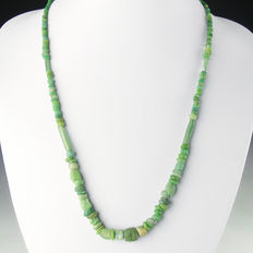 Necklace with Roman green glass beads - 56 cm