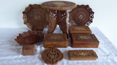 Lot of 10 parts - wooden boxes-trays-side table-beautifully carved and inlaid with bone and brass
