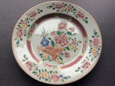 Famille rose plate – China – 18th century