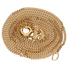 18 kt yellow gold fine curb link necklace.