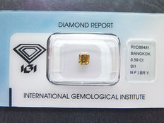 0.59 ct radiant cut diamond, Natural Fancy Intens brownish yellow (orange) Si1