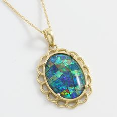 Estate 10kt Yellow Gold Necklace Set With Fire Opal