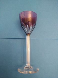 Val Saint-Lambert - Set of Four colourd crystal liqueur glasses, Belgium, mid 20th century