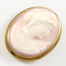 Vintage 10kt Yellow Gold Cameo Brooch/Pendant