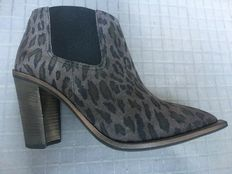 Hugo Boss - Ladies' Ankle Boots - New