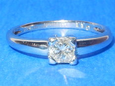 "Platinum solitaire diamond ring.  0.33 ct   ""No reserve price"""