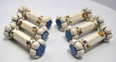 6 knife holders with beautiful polychrome floral decoration