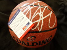 Dennis Rodman / Chicago Bulls- Original hand signed byDennis Rodman  NBA  Basketball in original box + COA PSA/DNA