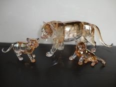 Swarovski - Annual piece The Tigers (3).