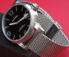 tw steel canteen army type watch
