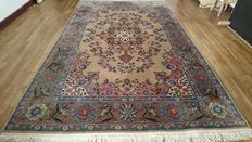 Magnificent Persian Indo Tabriz carpet, hand woven_265/167 cm_Very good condition_VERY INTERESTING RESERVE PRICE!!!