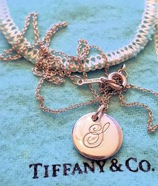 Tiffany & Co. S Pendant and Chain; Measurements: 0.5 inch / 12.6 mm