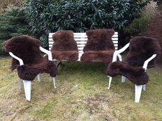 Lot with 4 new, thick natural brown lambskins, sheepskins.