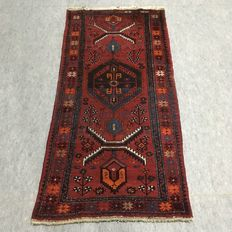 Antique hand knotted Persian carpet, 102 x 210 cm (NO RESERVE PRICE, FROM €1)