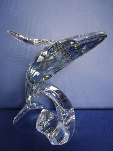 Swarovski - Annual piece Paikea with young.