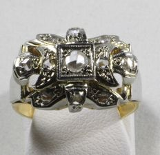 Gold Art Deco ring set with rose diamonds.