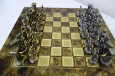 Manopoulos jewellery chess