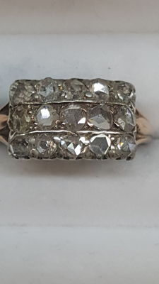 18 kt Rose gold ring with rose cut diamonds, 15x