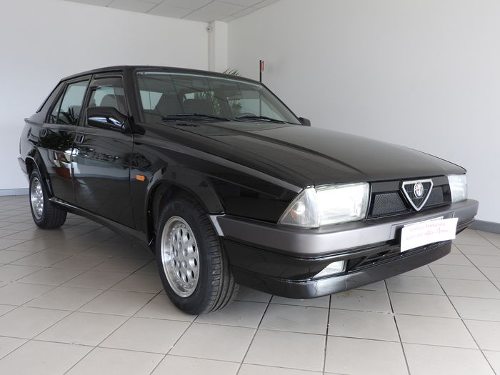 Alfa Romeo - 75 2,0 T.S. Limited Edition - 1990