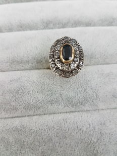 Gold ring with sapphire and diamonds - Origin: Venice, 1950s - Made in Italy