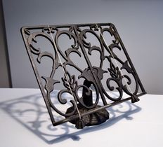 Cast iron stand for books or sheet music - first half 20th century