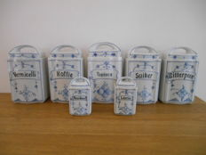 set of 7 stock pots in porcelain from ca. 1950