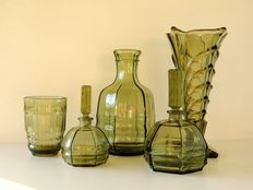 Dressing table set - 1 vase, 2 perfume bottles, 1 water carafe and 1 drinking glass