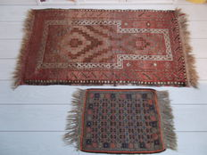 One pair of handknotted oriental carpets - Beloutch - 140 x 80 cm and 70 x 45 - Afghanistan - Round 1950