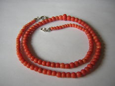 "Timeless coral necklace ""Momo - Sicily"""