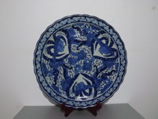Large porcelain plate - Japan - 1780-1860 (Edo period).