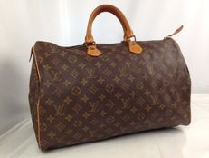 Louis Vuitton – Speedy 40 Bag.