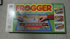 Vintage boardgame - Frogger - by MB 1982 - complete in box - based on the videogame