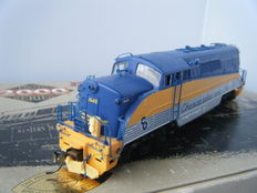 Life Like Proto 2000 H0 - American EMD type BL2 diesel locomotive of Chesapeake & Ohio