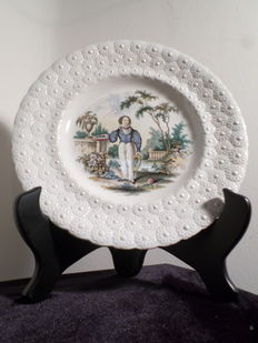 William Smith & Co, Wedgewood - 3 plates 'Pastimes'