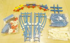 Trains 4,5V - 114 + 100 - Small Train Set + 4,5V Motor with Wheels (large version) + Wissels + Rails
