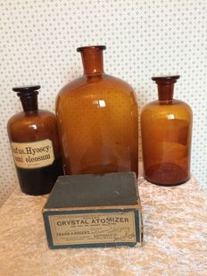 3 pharmacy bottles from Netherlands and Atomizer from England. Early 1900.