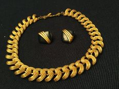 Monet - vintage necklace and earrings
