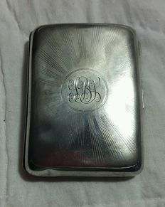 Antique cigarette case in solid silver - Walker & Hall, Chester, 1923