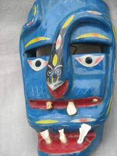 Woden mask with true teeth - OAXACAN - Mexico