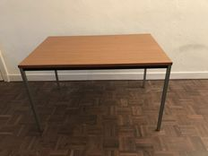 Unknown designer - dining table with page of teak wood and metal chassis